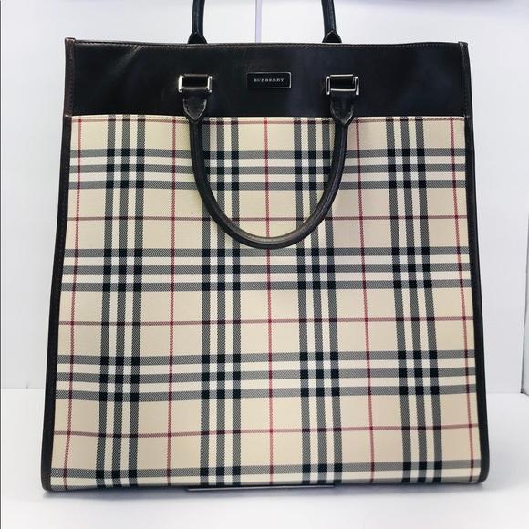 4fb4270588ed2 Burberry Handbags - Authentic Burberry Classic Nova Check Sac Tote